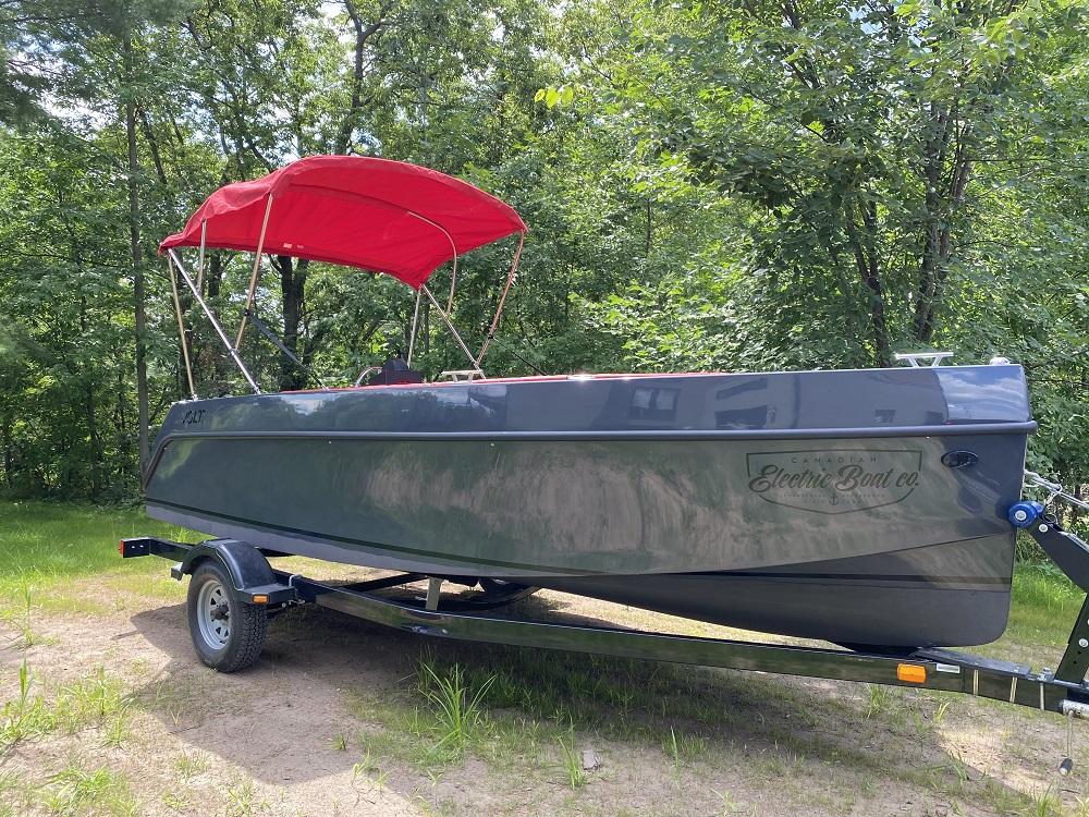 Volt 180 electric boat